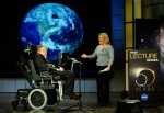 Stephen Hawking being presented by his daughter Lucy Hawking at the lecture he gave for NASA&#039;s 50th anniversary (Credits: NASA/Paul Alers).