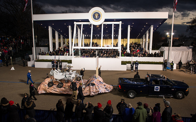 Curiosity parades past the Presidential Pavilion (Credits: NASA).