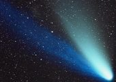 ISON will look something like Hale Bopp on its 1997 pass as it approaches the Sun (Credits: Dennis di Cicco/CORBIS).