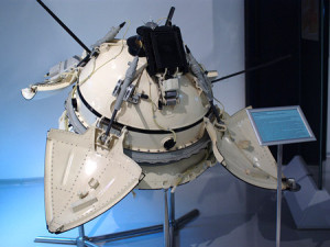 Model of the Mars 3 lander (Credits: Vadim Trochinski.)