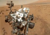Curiosity rover is powered by a RTG fueled with 4.8 kilograms of Pu-238 (Credits: NASA).