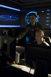 Officers review incoming data at the Joint Space Operations Center (JSpOC) (Credits: USSTRATCOM).