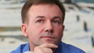 Cosmonaut Yury Lonchakov...clearly has better things to do (Credits: RIA Novosti).