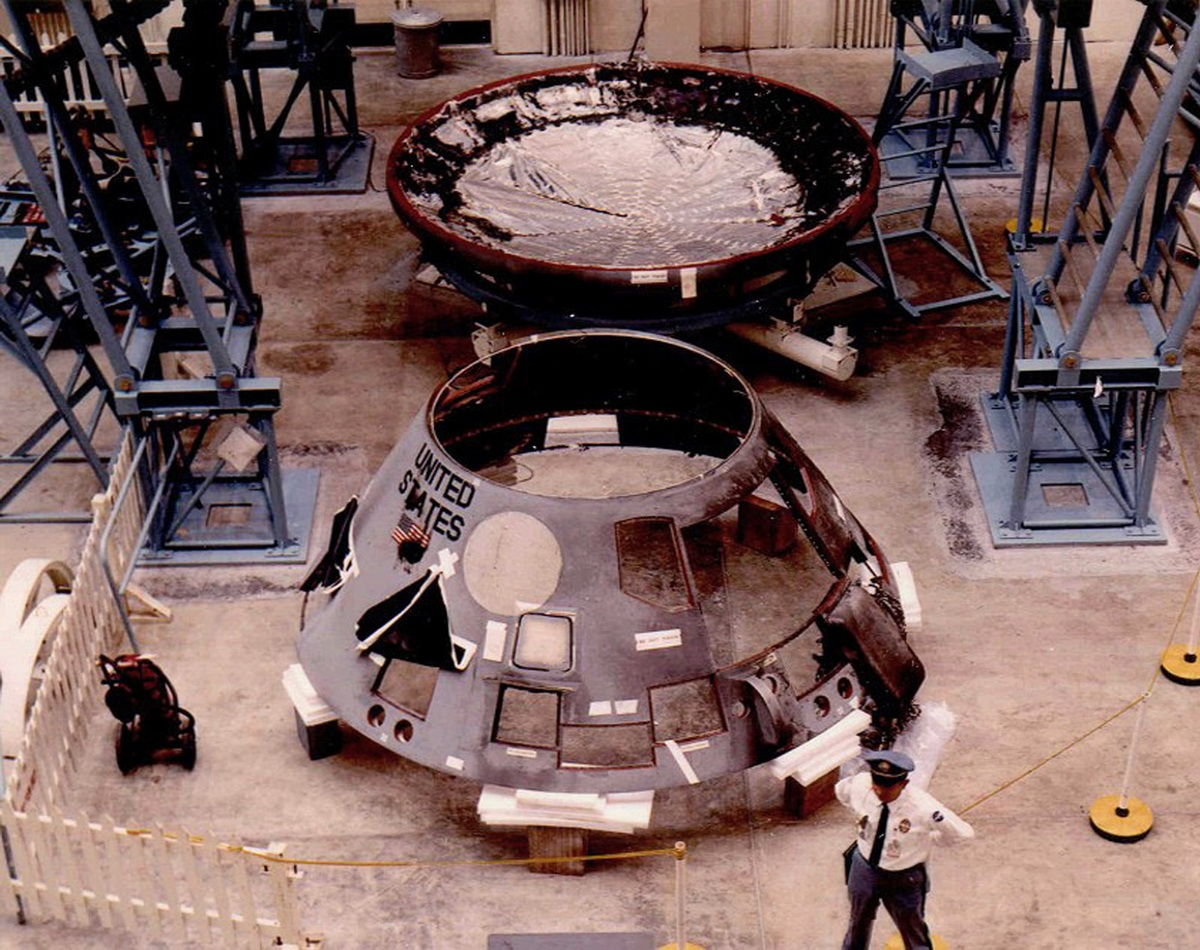apollo spacecraft plugs out test 1967 - photo #4