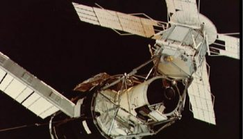 Skylab, as seen by its second crew in 1973. America's first space station celebrates its 40th anniversary this year and will be honored at an Astronaut Scholarship Foundation gala this month (Credits: NASA).