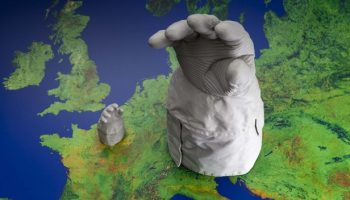 3D-printed replicas of Hans Schlegel's EVA glove in full and one-tenth scale (Credits: ESA).