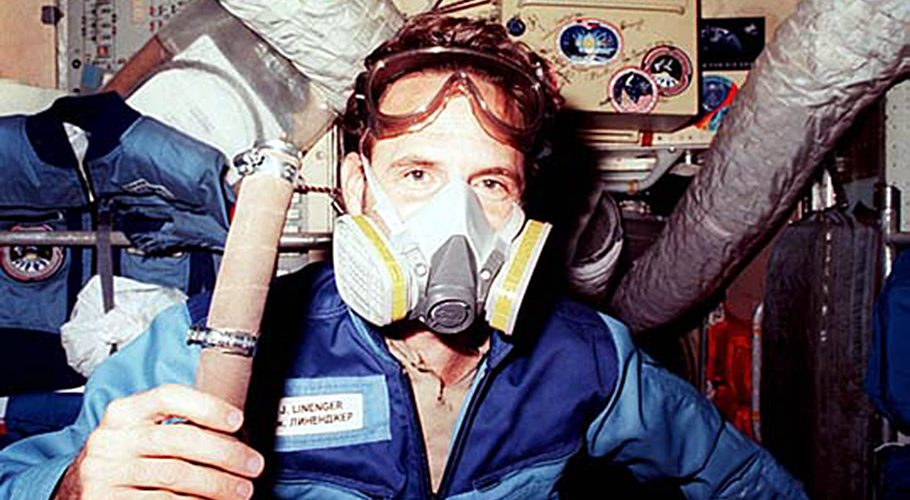 Astronaut Jerry Linenger wears a respirator mask following the 1997 fire aboard Mir. Credits: NASA